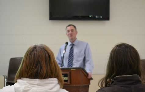 Syracuse University Psychologist Discusses Anxiety with Weedsport Community